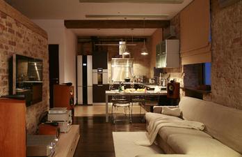 Гостиная с большим телевизором