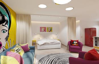 Гостиная с ярким дизайном и спальным местом