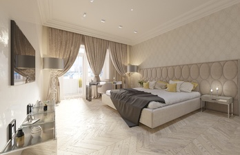 Светлая спальня с большой кроватью