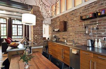 Кухня в стиле лофт в коричневом цвете