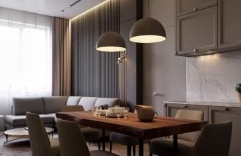 спальня с коричневым столом